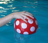 bal onder water